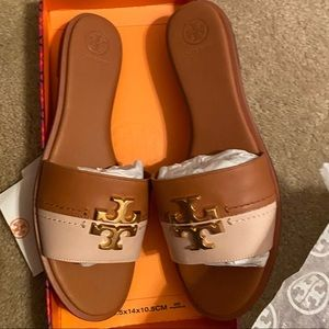 Tory Burch Everly Slide- Calf Leather brand new